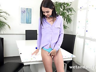 Svelte leggy subfusc hottie Mistica teases her messy pussy on her own