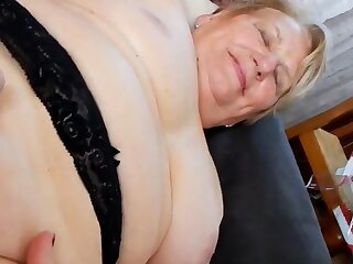 Hot granny win her delicious pussy fingered